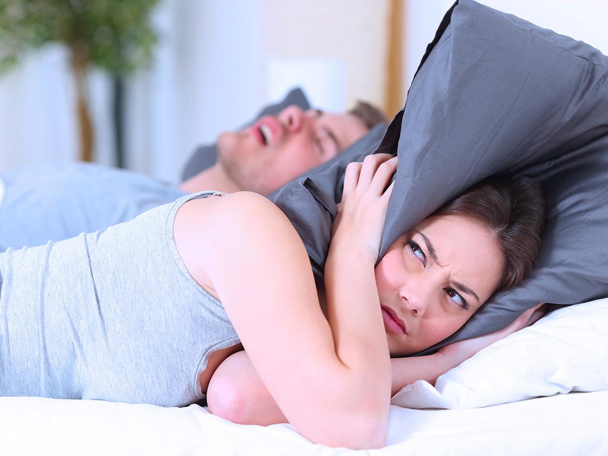 Stanco di russare? AEROSAL potrebbe essere la soluzione